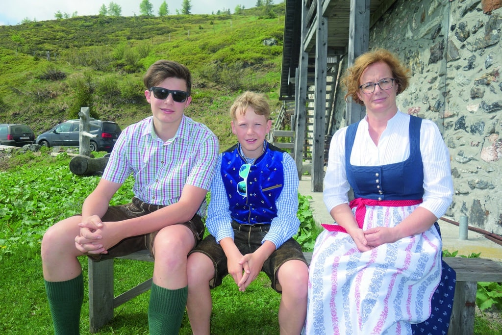 Familienfeier am Zollner: Gattin Anita mit den Kindern Mathias und Johannes